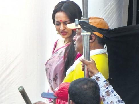 धोखाधड़ी के मामले में फिल्म अभिनेत्री सोनाक्षी सिन्हा के घर पहुंची पुलिस