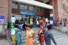 UP के सरकारी अस्पतालों में शाम के बाद भी बैठेंगे डॉक्टर, लेंगे 200 रु. फीस