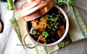 वीडियो रेसिपी: खाने के साथ बनाएं अचारी बैंगनकी स्पाइसी रेसिपी