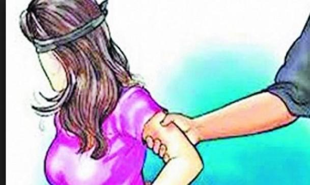 आरपीएफ डीआईजी द्वारा महिला से छेंड़छाड़, सहयात्री ने लगाए गंभीर आरोप