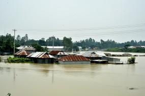 बांग्लादेश में जारी है मौसम का कहर, बाढ़ के चलते अब तक 108 लोगों की मौत