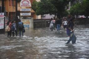महाराष्ट्र में बाढ़ से 30 लोगों की मौत