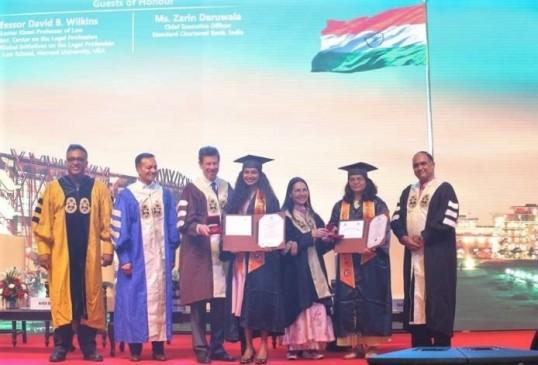 जेजीयू दीक्षांत समारोह में 889 छात्र-छात्राओं को डिग्रियां प्रदान की गई