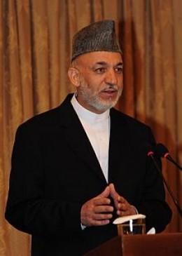 अफगानिस्तान : तालिबान से वार्ता के बीच करजई ने राष्ट्रपति चुनावों का विरोध किया