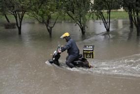 बिहार में बाढ़ के बाद अब लोगों को सता रहा है बीमारी का डर