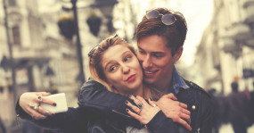 Relationship News: इन टिप्स से लाइफ में रोमांस को रखें हमेशा बरकरार