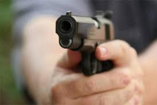 बिहार: सीतामढ़ी में एक ही परिवार के तीन लोगों की गोली मारकर हत्या