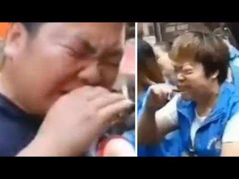Viral video: चीन की कंपनी ने टारगेट पूरा न करने पर कर्मचारियों को सुनाई अजबो-गरीब सजा