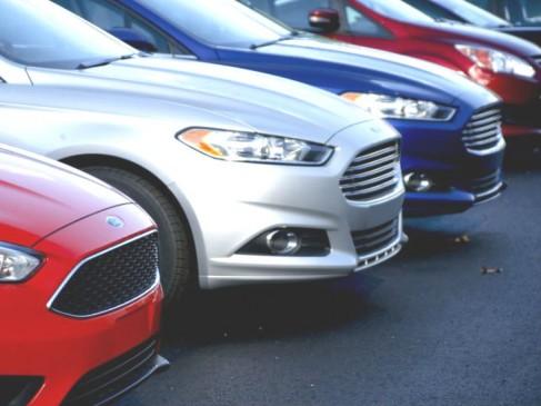 घरेलू यात्री कारों की बिक्री में जुलाई में 36 फीसदी की गिरावट