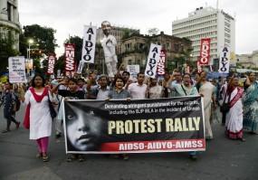 दिल्ली नहीं, उन्नाव दुष्कर्म पीड़िता का लखनऊ में ही इलाज चाहते हैं परिजन