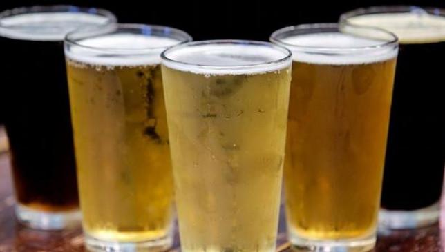 ऑनलाइन बीयर खरीदने के चक्कर में लगी चपत, गूगल पर मिला था दुकान का फर्जी नंबर