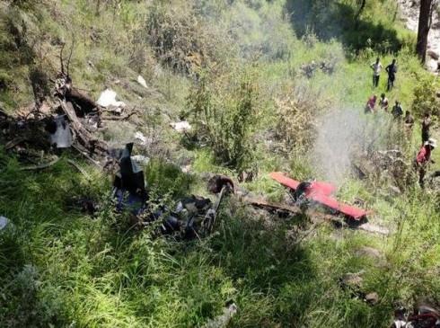 राहत कार्य में लगा हेलिकॉप्टर उत्तरकाशी में क्रैश, पायलट समेत 3 लोगों की मौत