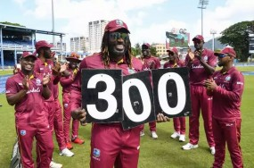 क्रिस गेल ने लारा को पिछे छोड़ा, विंडीज के लिए वनडे में सबसे ज्यादा रन बनाने वाले बल्लेबाज बने