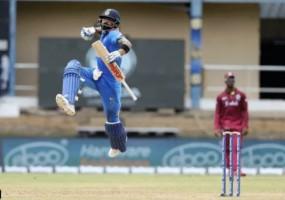 Ind Vs WI 2nd ODI : विंडीज को मिला 280 रनों का टारगेट , कोहली ने जड़ा शतक, अय्यर का अर्धशतक