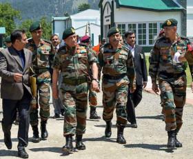 सेना प्रमुख आज जाएंगे कश्मीर, 370 हटाने के बाद पहला दौरा