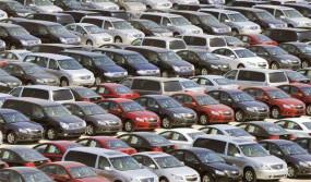 अर्थव्यवस्था में सुस्ती और तरलता का सबसे ज्यादा संकट भारतीय वाहन उद्योग पर