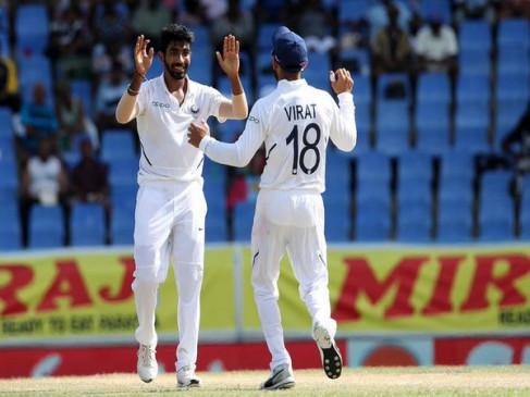 बुमराह ने रचा इतिहास, सबसे कम मैच में 50 टेस्ट विकेट लेने वाले तेज गेंदबाज बने