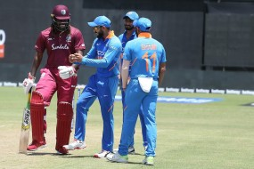 गयाना वनडे में बारिश के दौरान कोहली ने किया डांस
