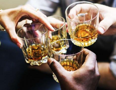 जहर मिलाकर दोस्त को पिला दी शराब, जिंदगी और मौत के बीच झूल रहा पीड़ित
