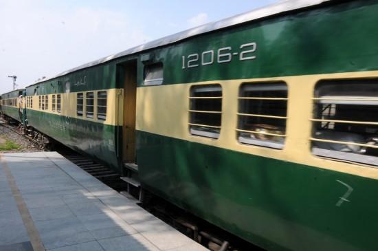 समझौता पर कोई औपचारिक संवाद नहीं, ट्रेन अब अटारी में : भारत (लीड-1)