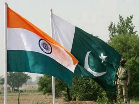 फैसलों की समीक्षा पर बोला पाक- क्या कश्मीर पर पुनर्विचार को तैयार है भारत?