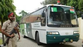 अनुच्छेद 370 पर बौखलाए पाकिस्तान ने अब बंद की भारत के साथ बस सेवाएं