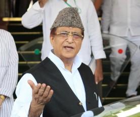 पुलिस ने सुरक्षाकर्मियों को साथ न लेकर चलने पर आजम खान को भेजा नोटिस