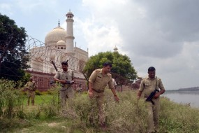 स्वतंत्रता दिवस से पहले ताज नगरी में सुरक्षा सख्त,अतिरिक्त पुलिस बल तैनात
