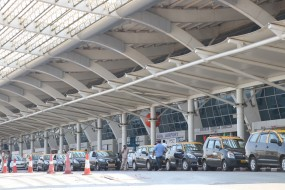 गोवा में टैक्सी चालकों की हड़ताल, ऐप बेस्ड सर्विस बंद करने की मांग