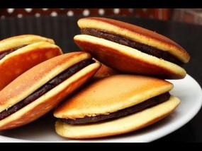 वीडियो रेसिपी: बच्चों की फेवरेट डिश, डोरा केक रेसिपी