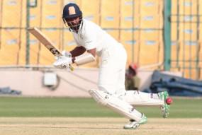 अभ्यास मैच : पुजारा का शतक, भारत ने पहली पारी में 5 विकेट पर 297 रन बनाए