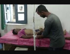 करंट से झुलसे युवक को स्वीपर ने लगाई ड्रिप, पीड़ित की मौत