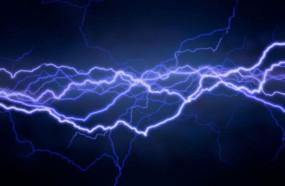 बिजली पोल में आए करंट ने ली किशोर की जान, जांच में जुटी पुलिस