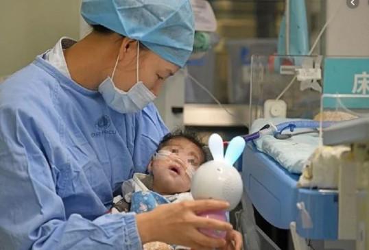 चीन में 66 दिन की बच्ची रुईरुई का हुआ हार्ट ट्रांसप्लांट