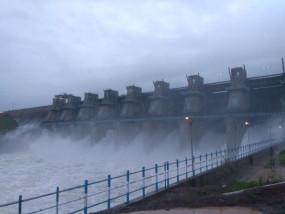 पेंच नदी में बाढ, आधी रात को खोलने पड़े माचागोरा बांध के सभी 8 गेट