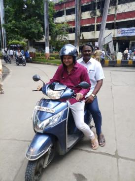 आचार संहिता लागू होते ही नागपुर मनपा पदाधिकारियों ने छोड़े सरकारी वाहन