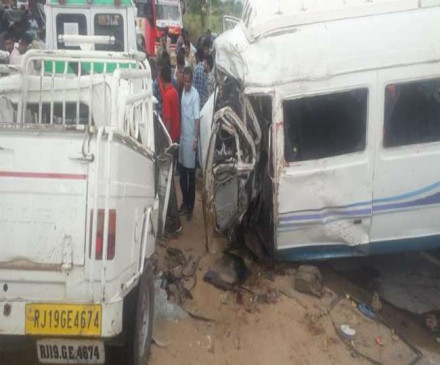 जोधपुर-जैसलमेर मार्ग पर दर्दनाक हादसा, 16 लोगों की मौत