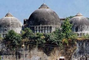 SC में अयोध्या केस की सुनवाई, जिलानी बोले- मंदिर तोड़कर नहीं, खाली जगह पर बनाई गई थी मस्जिद