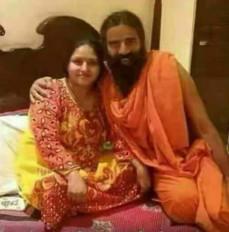 Fake News : बाबा रामदेव की तस्वीर गलत दावे के साथ शेयर ?