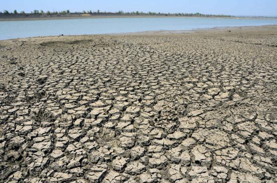 बिहार : सूखा प्रभावित क्षेत्रों के परिवारों को 3 हजार रुपये की मदद