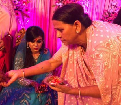 बिहार: हाई वोल्टेज ड्रामे के बाद लालू की बहू ऐश्वर्या को मिली घर में एन्ट्री