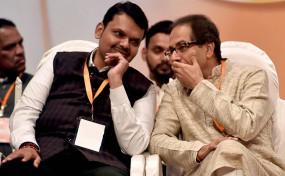 महाराष्ट्र विधानसभा चुनाव के लिए भाजपा-शिवसेना युति का हुआ ऐलान, सीटों पर सस्पेंस