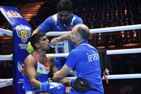 मुक्केबाजी विश्व चैम्पियनशिप : आसान जीत के साथ भारत के मनीष दूसरे दौर में