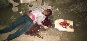 शराब के नशेमें मित्र ने ही पत्थर से कुचलकर कर दी हत्या, नशे की लत से परेशान था परिवार