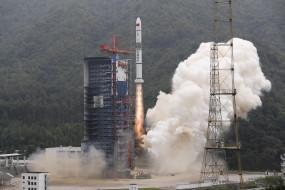 चीन ने 5 उपग्रहों का किया सफल प्रक्षेपण