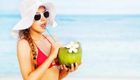 नारियल पानी के सेवन से सेहत के साथ ब्यूटी के लिए भी होते हैं कई फायदे