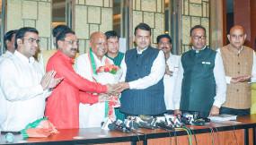 मुख्यमंत्री के समर्थन में पहले ही इस्तीफा देने को तैयार थे कांग्रेस विधायक अग्रवाल, भाजपा में हुए शामिल
