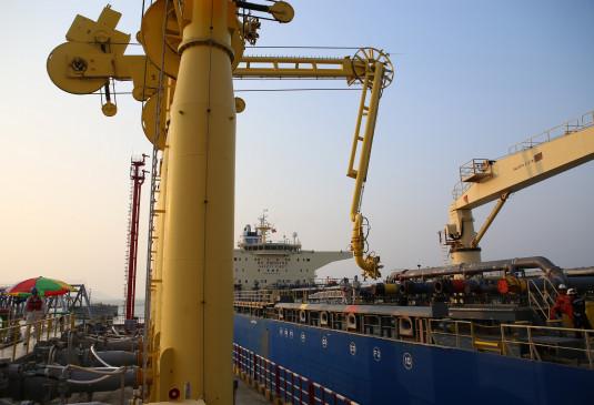 भारतीय वायदा बाजार में 12 फीसदी उछला कच्चा तेल
