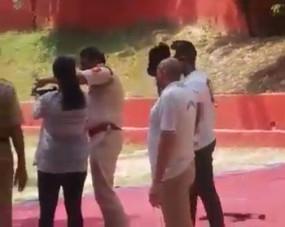 शूटिंग-रेंज में गोलियां बेटी ने दागीं, इंस्पेक्टर पापा हो गए निलंबित (आईएएनएस एक्सक्लूसिव)