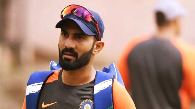 दिनेश कार्तिक ने BCCI से मांगी 'बिना शर्त माफी', TKR के ड्रेसिंग रूम से देखा था मैच